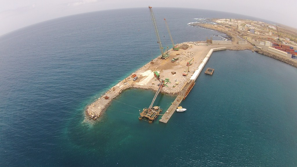 FORMWORK FOR UNDERWATER CONCRETE, ISLAND OF FOGO by RÚBRICA MARITIME