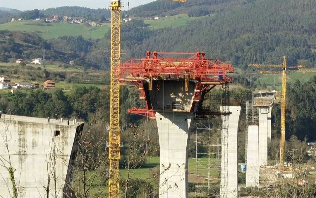 SPECIAL FORMWORK TRAVELLERS VIADUCT OVER NARCEA RIVER