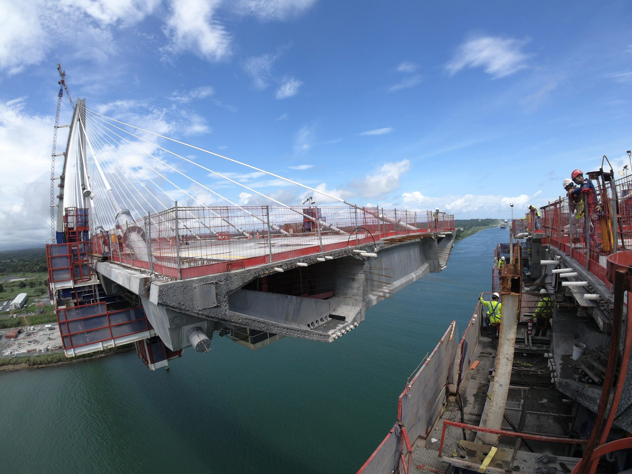 Special Formwork travellers Atlantic Bridge Panmá by RUBRICA BRIDGES