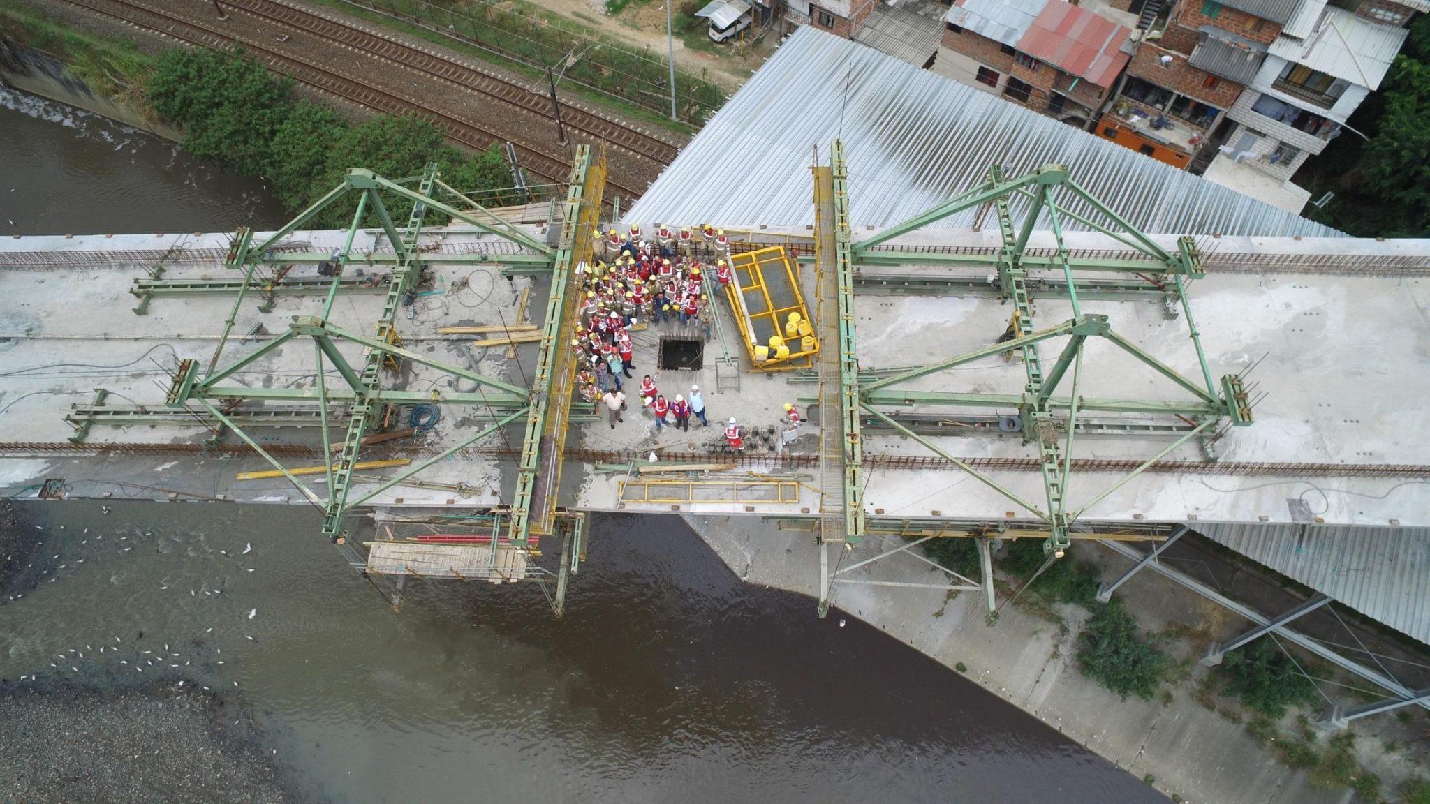 Formwork traveller in Madre Laura Bridge by RUBRICA BRIDGES