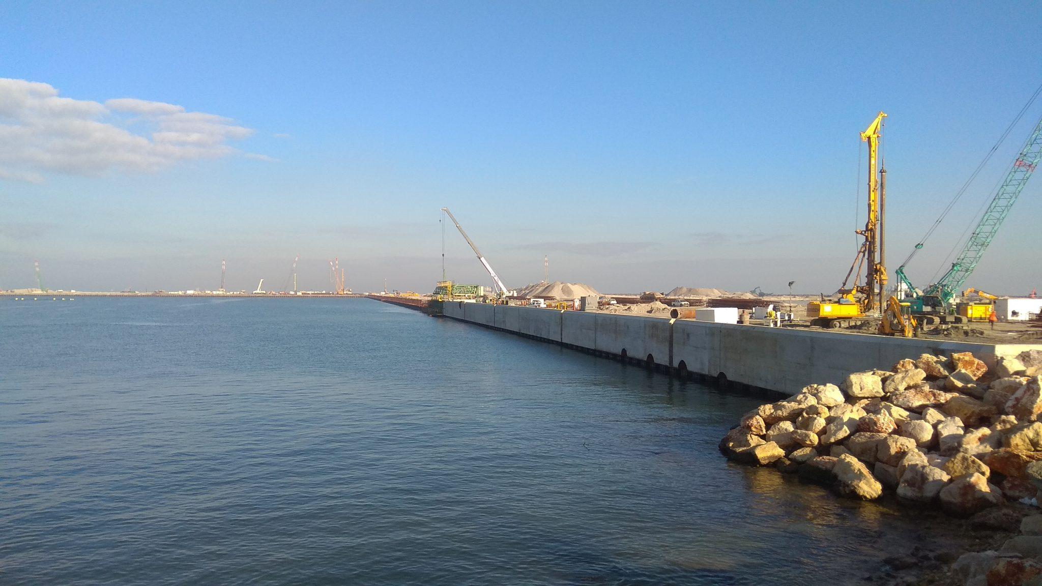 Maritime formwork capping beam Haifa, Israel