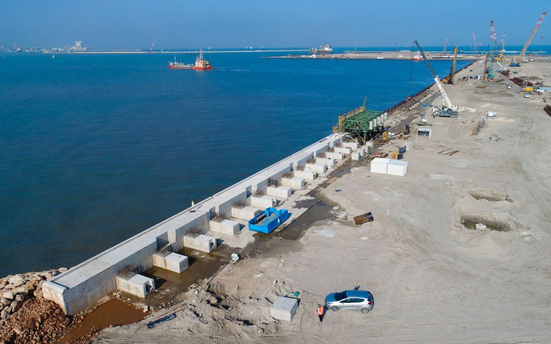 Coffrage maritime de la poutre de recouvrement, port d'Haïfa, Israël