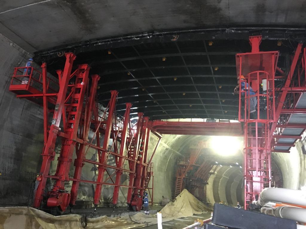 Encofrado de túnel losa superior RUBRICA MARÍTIMA