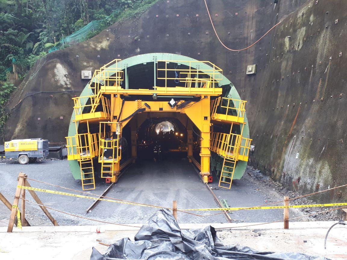 Encofrado para túnel Buenavista, Colombia por RÚBRICA TÚNEL