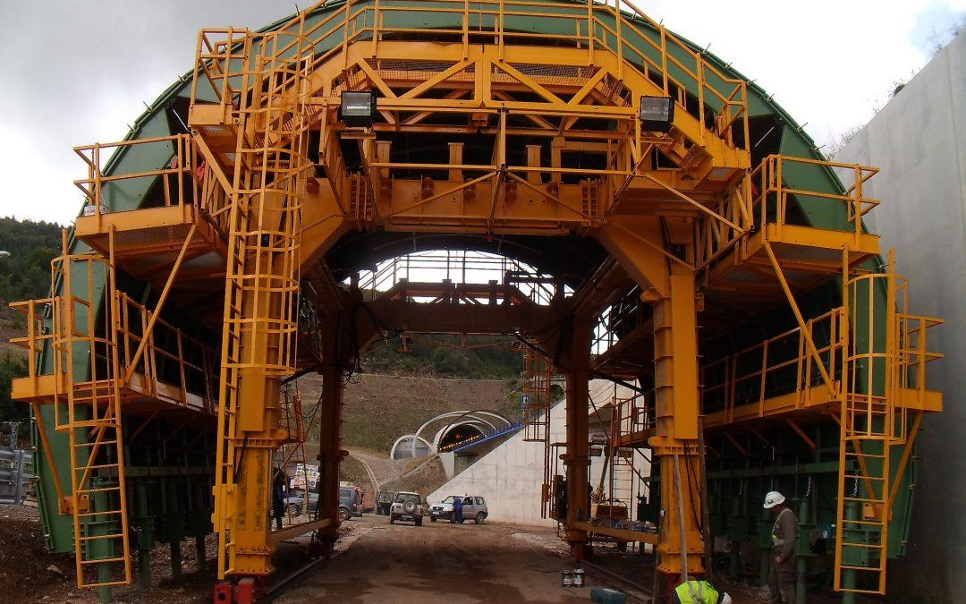 Tunnel form in Mudéjar A-23 Highway