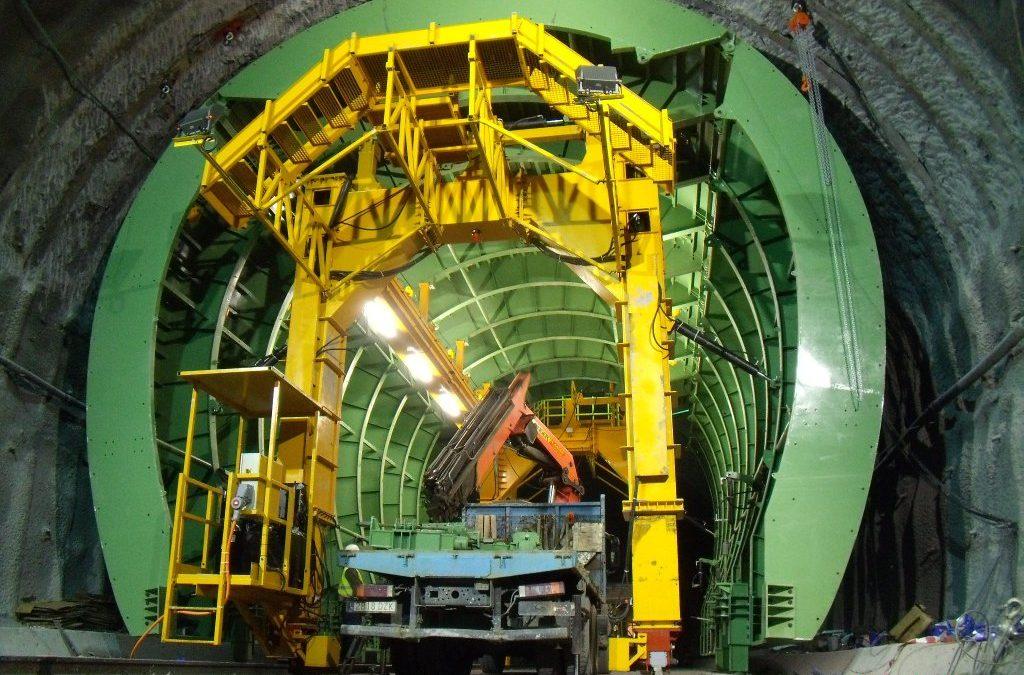 Carro de encofrado para túnel Legutiano 2-2 by RÚBRICA TUNNELS