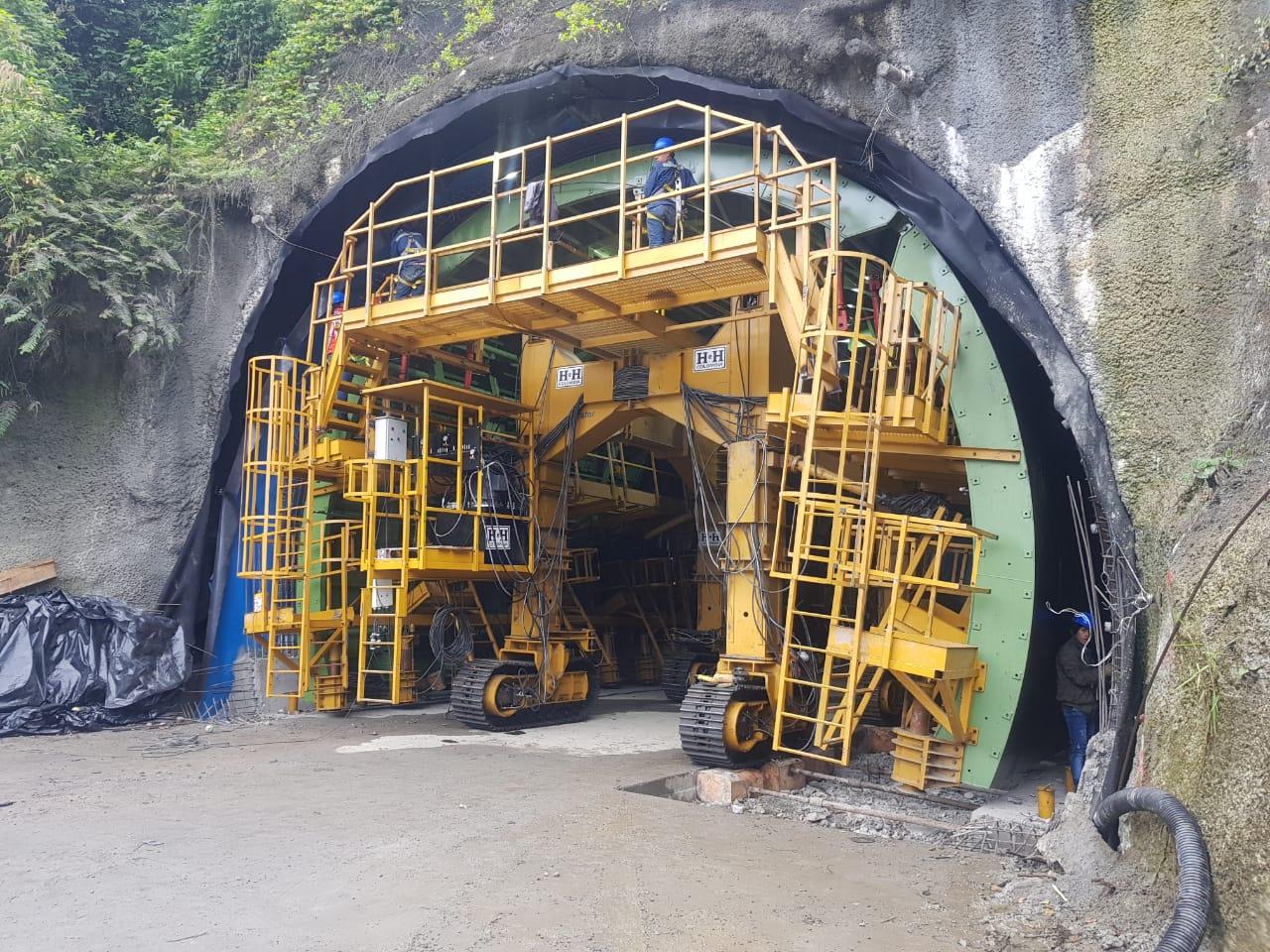 Encofrado para túnel en mina La línea - Carmelitas by RÚBRICA TUNNELS