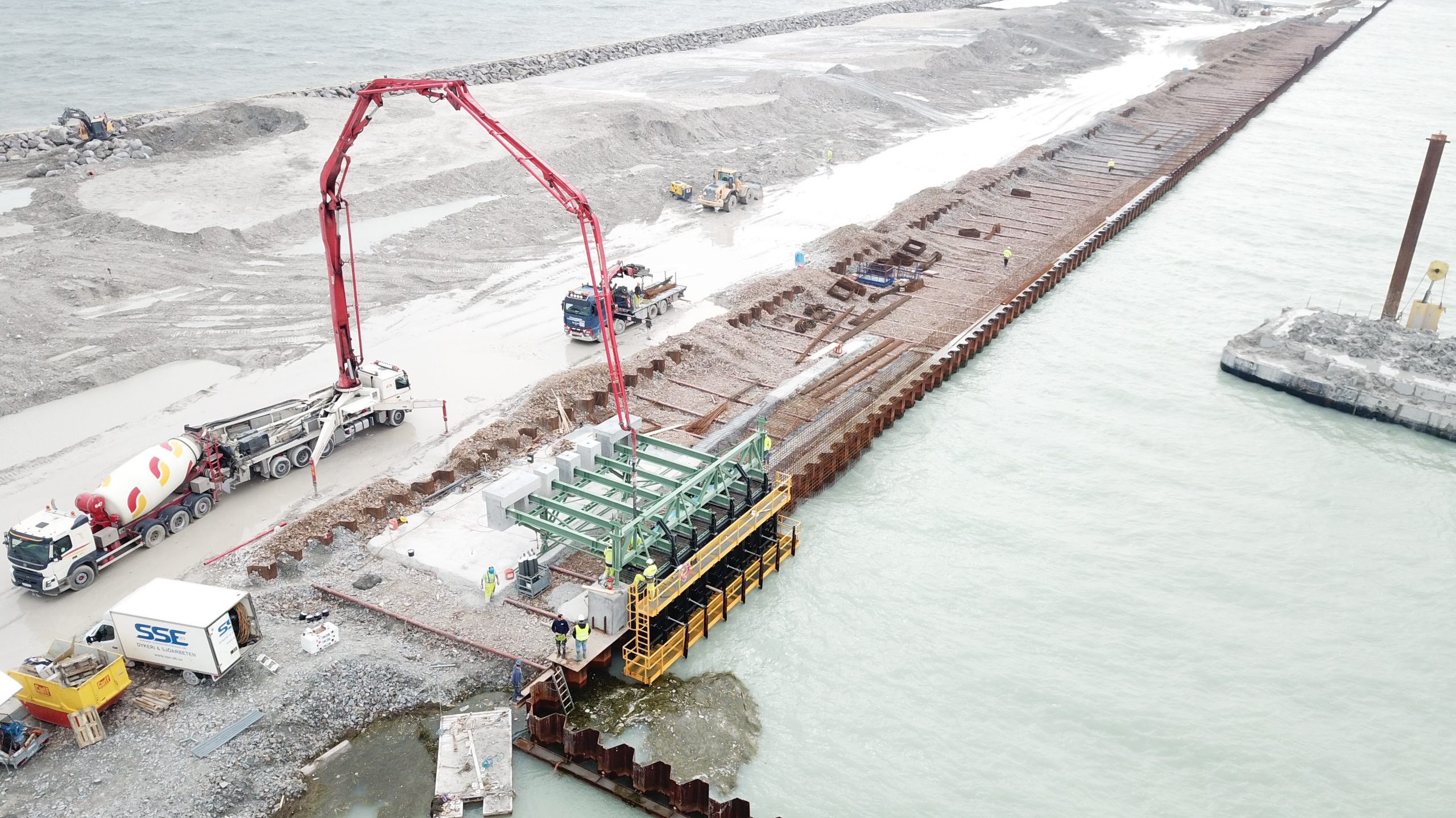 Capping beam formwork equipment for Trelleborg Port by RÚBRICA MARITIME