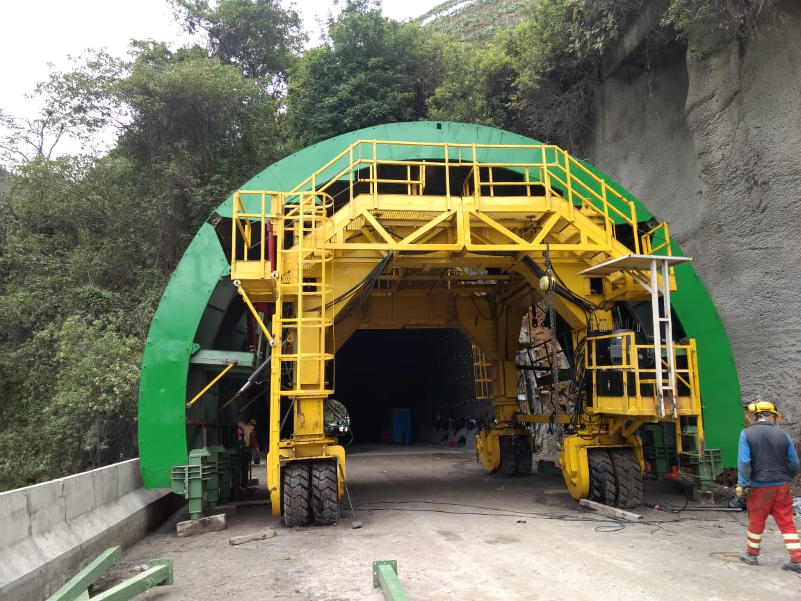 Tunnel formwork equipment La Línea section tolima 2 by RÚBRICA TUNNELS